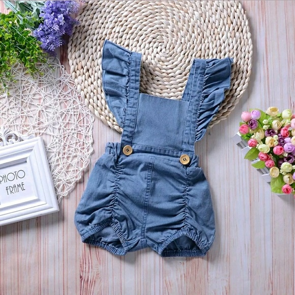 8011746a76f8 One Pieces